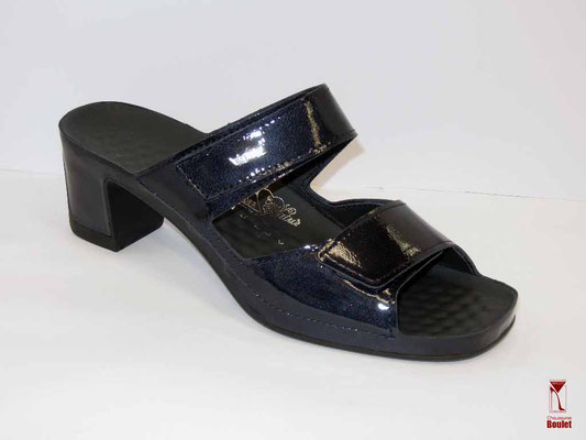 Chaussures de confort - Vital - Marine vernis - 108 €
