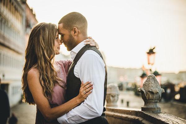 Venice-Honeymoon-Photo-Shoot