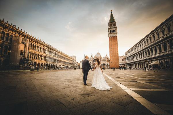 elopement photographer in venice