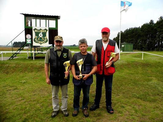 Gewinner der Seniorenklasse A von links nach rechts: Dr. Thorsten Wendt, Karsten Pietschker und Werner Fröhlich