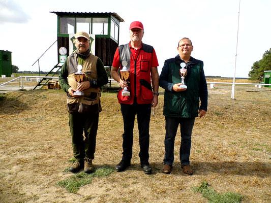 Gewinner der Seniorenklasse A von links nach rechts: Andreas Lemcke, Werner Fröhlich und Winfried Preuß