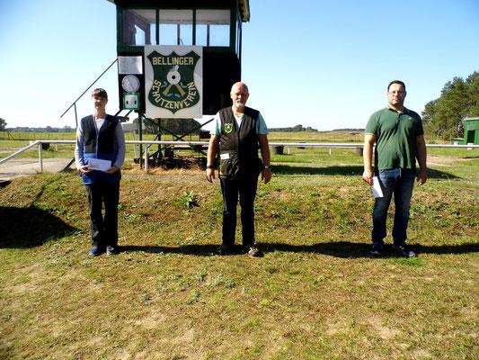 Gewinner der Schützen-/Altersklasse von links nach rechts: Christina Hafenstein, Roberto Greiff und Jens Junghänel