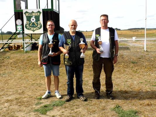 Gewinner der Schützen-/Altersklasse von links nach rechts: Tino Fröhlich, Roberto Greiff und Michael Lindner