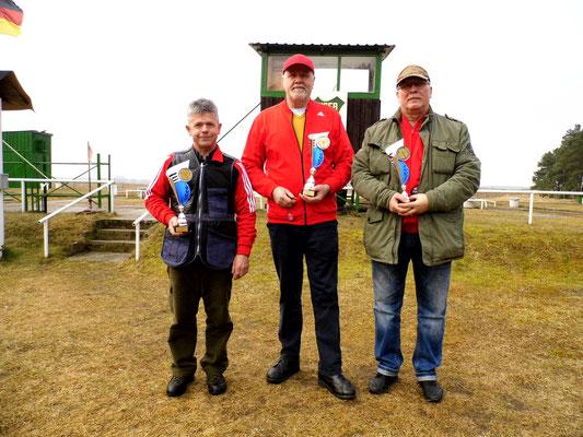 von links nach rechts: Karsten Pietschker 2.Platz, Werner Fröhlich 1.Platz und Frank Hoellge 3.Platz