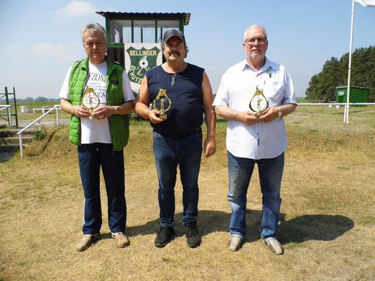 Hier sehen Sie von links nach rechts: Rainer Klockow 2.Platz, Frank Hügelow 1.Platz und Frank Hoellge 3.Platz