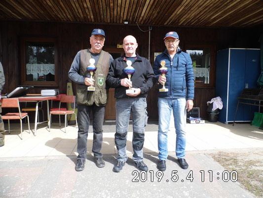 von links nach rechts: Wolfgang Mante, Bernd Rüster und Dr. Klaus-Rüdiger Ganz