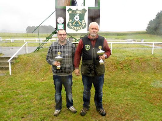 Sieger der Schützen-/ Altersklasse von links nach rechts: Sandro Schaffranke 2. Platz und Roberto Greiff 1. Platz