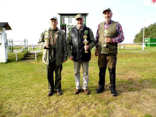 von links nach rechts: Jürgen Gottschlich 2.Platz, Dr. Thorsten Wendt 1.Platz und Reiner Grossmann 3.Platz