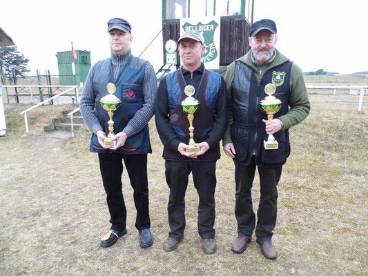 von links nach rechts: Dirk Bartschies 2.Platz, Hans Jürgen Ulfig 1.Platz und Dr. Thorsten Wendt 3.Platz