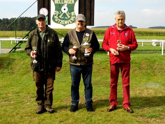 von links nach rechts: Gunther Greiff 2.Platz, Frank Hügelow 1.Platz und Rainer Klockow 3. Platz