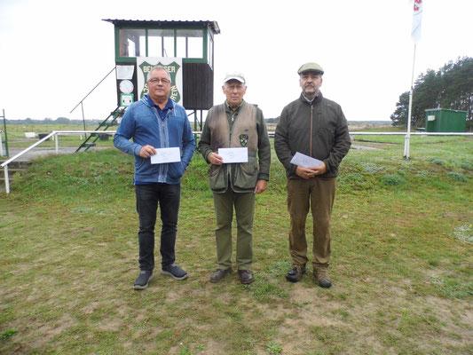 Gewinner der Seniorenklasse B von links nach rechts: Udo Schön, Jürgen Gottschlich und Andreas Lemcke