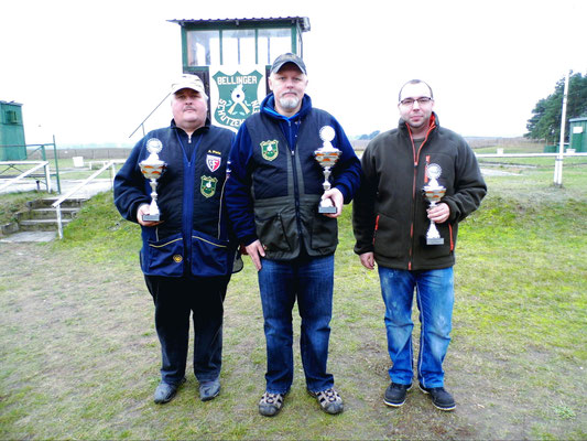 Gewinner der Schützen-/Altersklasse von links nach rechts: Andreas Pietz 2.Platz, Roberto Greiff 1.Platz und Sandro Schaffranke 3. Platz