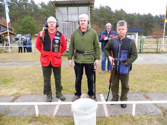 links Henry Hafenstein, in der Mitte Burkhard Norbut und rechts Karsten Pietschker
