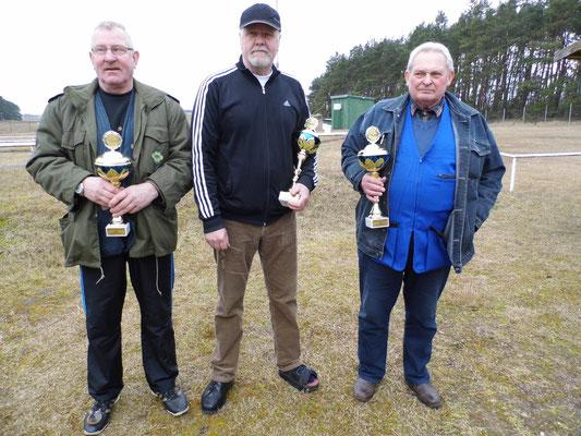 von links nach rechts: Bernhard Wittstock 3.Platz, Werner Fröhlich 1.Platz und Burkhard Kühl 2.Platz