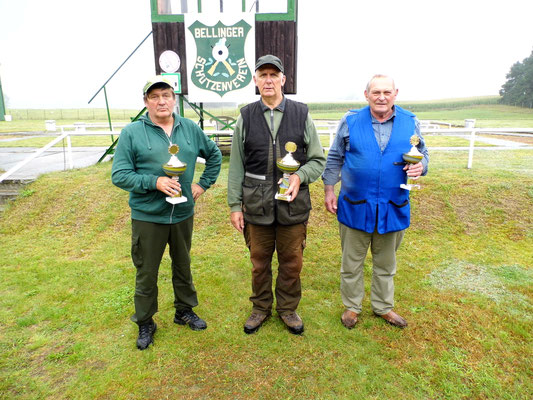 Sieger der Seniorenklasse B von links nach rechts: Bernd Dresler 2. Platz, Gunther Greiff 1. Platz und Burkhard Kühl 3. Platz