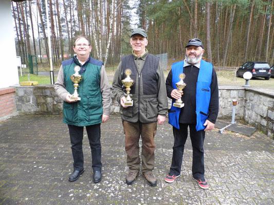 von links nach rechts: Winfried Preuß, Gunther Greiff und Ulrich Tietz