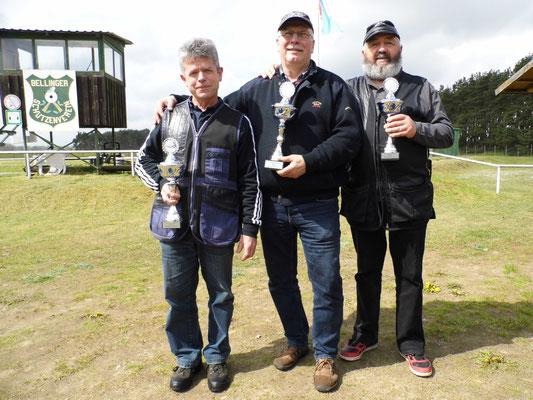 von links nach rechts: Karsten Pietschker, Frank Hoellge und Ulrich Tietz