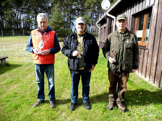 von links nach rechts: Rainer Klockow, Frank Hügelow und Gunther Greiff
