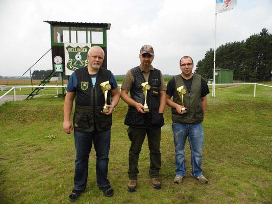 Gewinner der Schützen-/ Altersklasse von links nach rechts: Roberto Greiff, Kai Pankau und Sandro Schaffranke