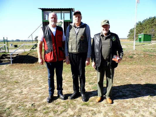 Gewinner der Seniorenklasse A von links nach rechts: Werner Fröhlich, Bernd Wessel und Dr. Thorsten Wendt