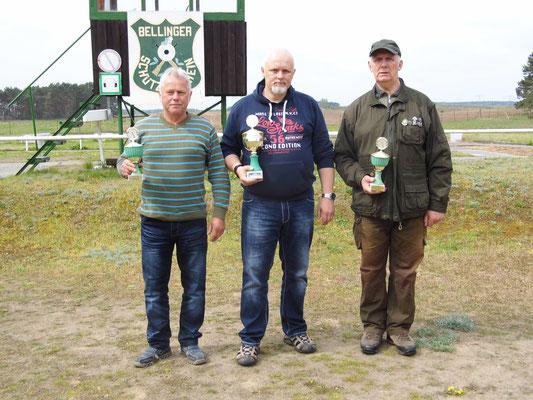 von links nach rechts: Herwart Ruhnke, Roberto Greiff und Gunther Greiff