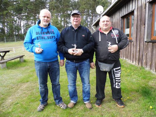 von links nach rechts: Roberto Greiff, Frank Hoellge und Hardy Plöger