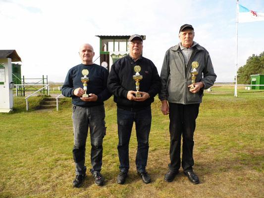 von links nach rechts: Bernd Küster 2.Platz, Frank Hoellge 1.Platz und Bernd Wessel 3.Platz