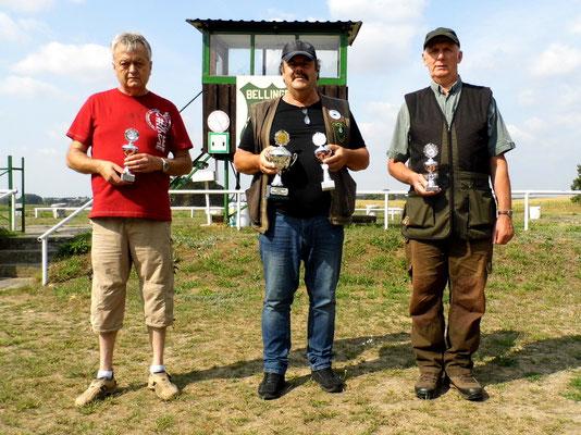 von links nach rechts: Rainer Klockow 2.Platz, Frank Hügelow 1.Platz und Gunther Greiff 3. Platz