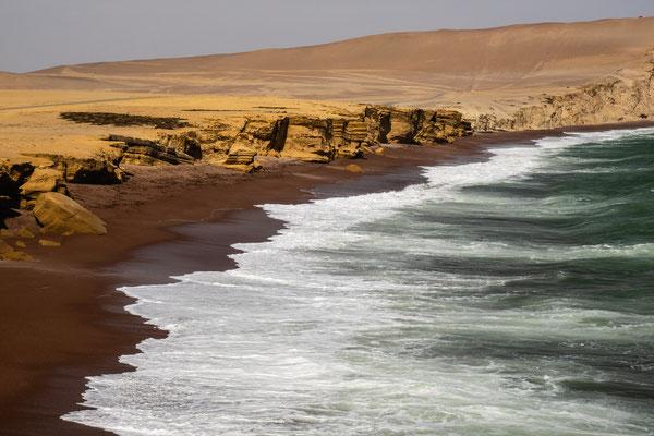 4. Nov.   Paracas-Halbinsel: Mirador Playa Roja