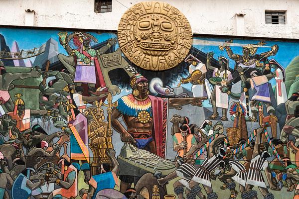 12. Nov.   Cusco: Avenida del Sol (Wandmalerei von Juan Bravo)