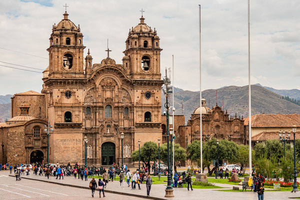 12. Nov.   Cusco: Plaza de Armas - Kathedrale