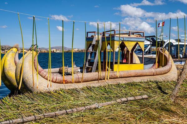 Schwimmende Inseln der Uros, Titicacasee, Nov. 2019