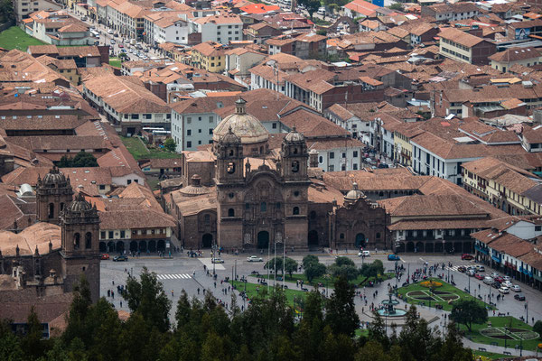 13. Nov.    Cusco: Plaza de Armas: Kathedrale
