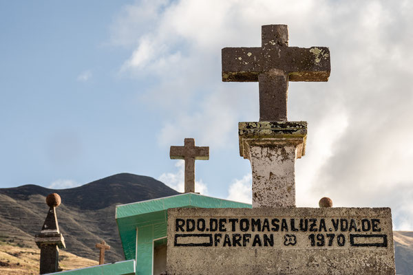 11. Nov.   Capilla Virgen Purificada de Canincunca: Friedhof