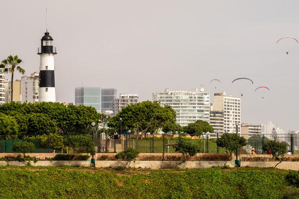 2. Nov.   Lima - Miraflores: Parque El Faro