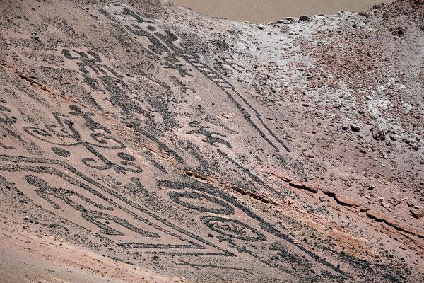 21. Nov.   Geoglifos de Chiza