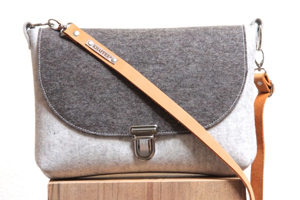 Selma -Tasche aus Filz (Wollfilz, 100 % Wolle), in Deutschland mit Liebe handgefertigt