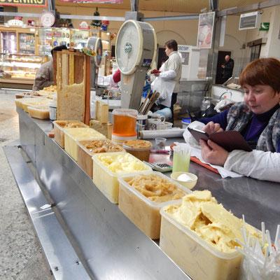 Honig auf dem Bauernmarkt