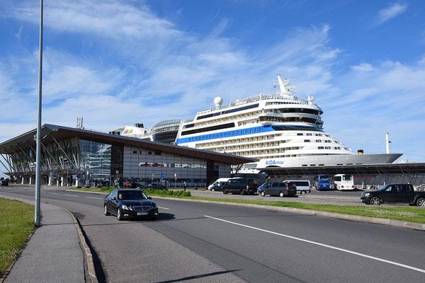 AIDA im Hafen