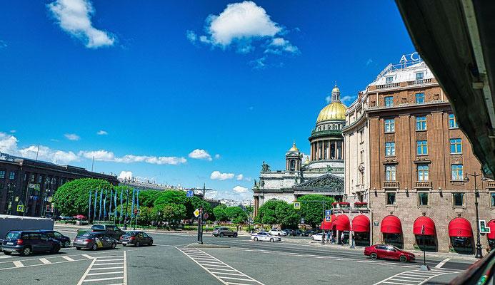 Isaaksplatz und Hotel Astoria