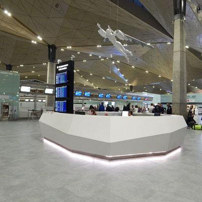 Information am Flughafen