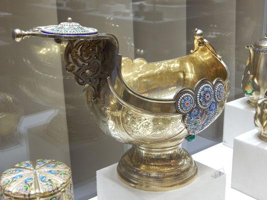 Silberschale im Faberge-Museum