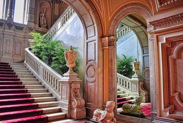 Treppenhaus des Palastes