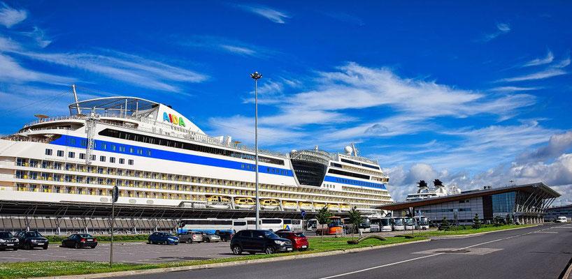 AIDA im Passagierschiffhafen Sankt Petersburg