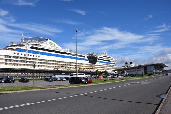 AIDA im Passagierschiffhafen St. Petersburg
