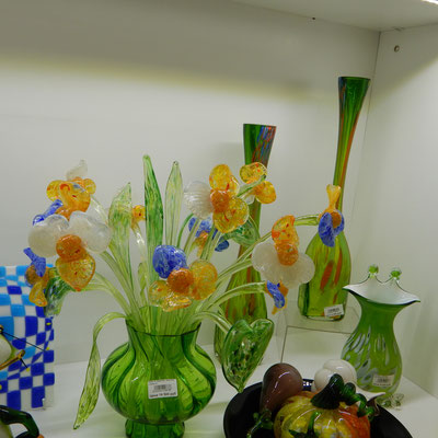 Glaswaren im Geschäft