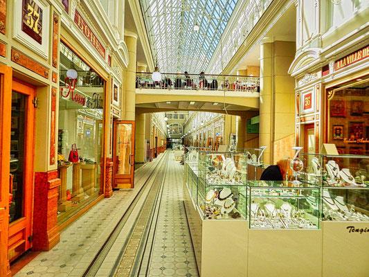 Kaufhaus Passage mit seinem Glasdach