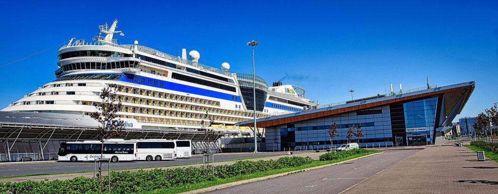 AIDA im Hafen Sankt Petersburg