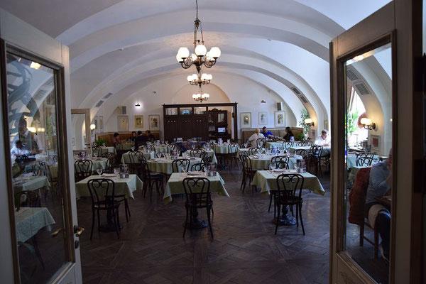Das Restaurant gehört zum Wodka Museum