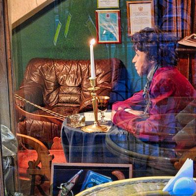 Schriftsteller Puschkin im Literaturcaffee